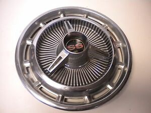 65 Chevy Impala Ss Nova Ii 14 Inch Hubcap Includes Spinner
