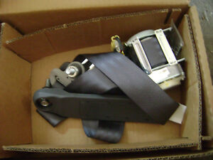 New Honda Oem Outer Set L Front Seat Belt p n 04818 scv a01zb Element 03 06