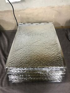 A Lot Of 100 Thermal Insulated Bubble Mailers 12x17 Food Grade Padded Envelopes