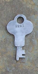 Antique Steamer Trunk Key Flat Key For Eagle 22u1 22u1 Trunk Wardrobe