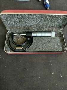 Starrett 210 a 0 7 8 Screw Thread Comparator Micrometer No Owner s Marks