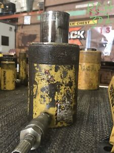 Enerpac Rch302 30 Ton Hollow Cylinder
