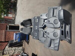 Jeep Liberty Kj 02 07 Complete Seat Assembly W Center Console Freight Ship