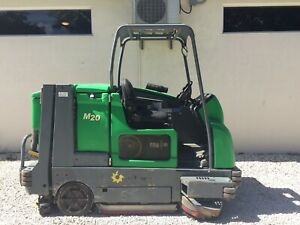 Tennant M20 Ride on Rider Integrated Floor Scrubber Sweeper Propane