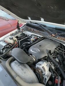 4 8 Liter Engine Motor Lr4 Gmc Chevy 25k Miles Complete 2wd Drop Out Ls Swap