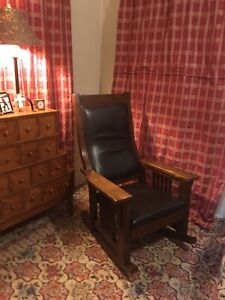 Mission Style Oak Finish Rocking Chair Comfortable Cushion Back Relaxing