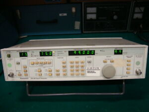 Panasonic Vp 8174a Fm am Signal Generator 0 1mhz 110mhz With Gpib Interface