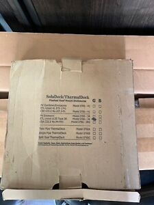 Soladeck thermaldeck Model 0786 3r Photovoltaic Enclosure New