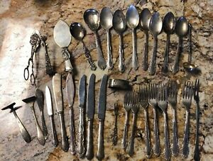 Old Silverplate Vintage Flatware Lot Silverware 32 Pcs Nice Forks Spoons Knives