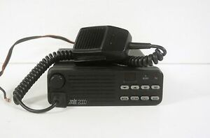 Tait 2010 Two Way Radio T2000 Series With Mic T2010 313 000 136 174mhz