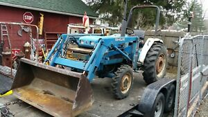 New Holland Ford 1720 Compact Tractor With Loader Needs Engine Work