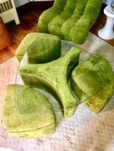 Mcm Vtg 4 Pc Shag Glass Cocktail Table With Pussy Fur Rolling Stools Space Age