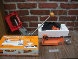 LYMAN 1000 RELOADING SCALE IN ORIGINAL BOX AND LEE REOADING PRESS RELOADING LOT