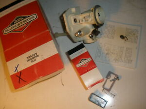 Vintage Nos Briggs Stratton Gas Engine Carburetor 395375