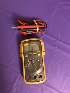 Fluke 112 True Rms Multimeter Tested Working