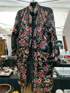 Vintage Chinese Silk Embroidery Robe Jacket Birds Flowers M
