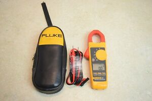 Fluke True Rms Clamp Meter 324 With Leads Case