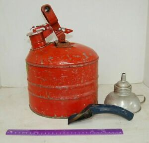 Underwriters Laboratories Mh 207 Vintage Safety Gas Can Red Metal Spout
