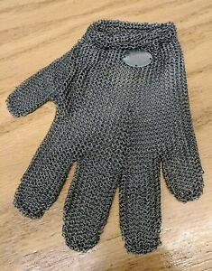 Wells Lamont Whizard 103930 Cut Resistant Stainless Steel Glove Size Small