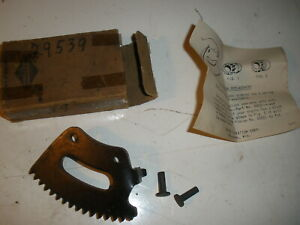 Briggs Stratton Gas Engine Starter Sector 29539 New Old Stock Vintage