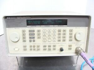 Hp Agilent Keysight 8648d Synthesized Rf Signal Generator 9khz 4ghz Opt 1ea