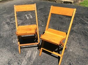 2 Same Vintage Snyder Adult Size Wood Folding Chairs Very Good