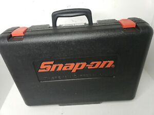Snap on 12v 3 8 Impact Wrench Kit W Flashlight Charger 2 Batteries ct3110hp