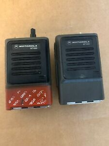 Lot Of 2 Motorola Mt1000 16 Channel Portable Fm Hand Held Radio