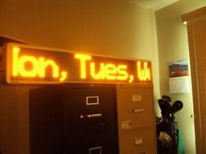 Signtronix Led 50 Scrolling Led Lighted Sign