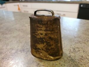 Antique Metal Primitive Hand Made Farm Cow Bell W Clapper
