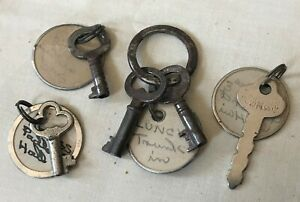 Lot 5 Vintage Keys Skeleton As Found With Original Tags Altered Art Supplies