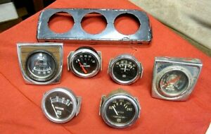 Various Auto Gauges And Bracket
