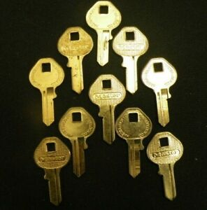 Lot Of 15 Locksmith Nos Master Padlock Key Blanks Vintage M13 Originals 1092ds