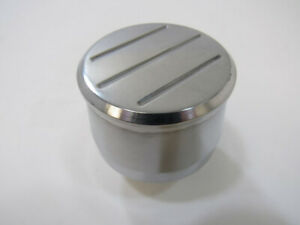 Round Polished Aluminum Push In Valve Cover Breather Ball Milled