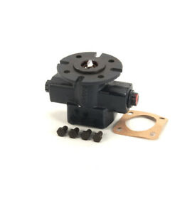 Giles chesterfried 70910 Head Pump Only