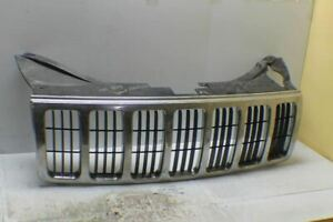 1999 2003 Jeep Grand Cherokee Front Chrome Grill Oem Grille 32 3w1
