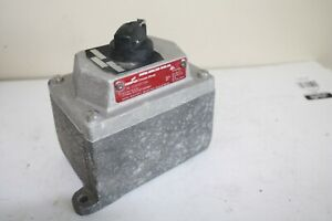 Cooper Crouse Hinds Eds21271sa Explosion Proof Switch