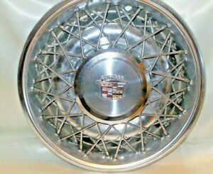 15 Cadillac Oem Wire Spoke Hubcap Wheel Cover