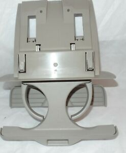 2005 2010 Jeep Grand Cherokee Rear Seat Pull Out Cup Holder Tan