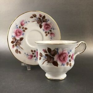 Queen Anne Gold Pink Roses Bone China Tea Cup Saucer England Teacup Vintage