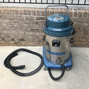 Windsor Model v 15 Wet dry Vacuum