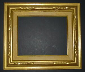 1960 S Gold 10 X 8 Wood Carved With Cloth Insert Picture Frame