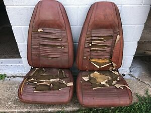 1970 Dodge Challenger Plymouth Barracuda Cuda Front Bucket Seats