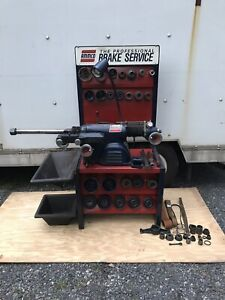 Ammco 4000 Brake Lathe For Rotors Drums W Adapters Bench Tooling 3 Arbors