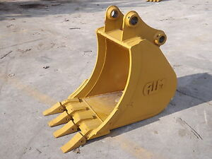New 18 Excavator Bucket For A Caterpillar 305ccr W Pins