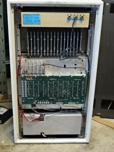 Motorola Micor Series High Power Repeater Base Station Cabinet C44rcb 3105bt