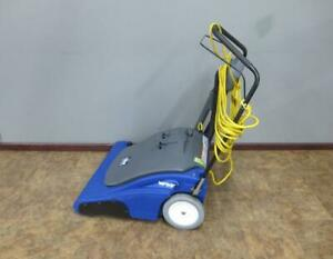 Windsor Karcher Wave 28 Wide Area Commercial Vacuum Cleaner 28
