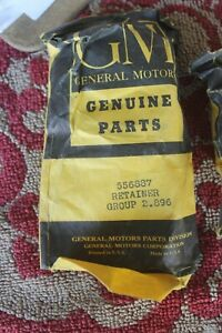 1949 1950 Oldsmobile Nos Turn Signal 556887 Switch Retainer Of