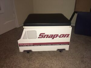 2019 Snap on Tool Truck Creeper With Cushion Seat Lift Up Lid Snap On Toolbox