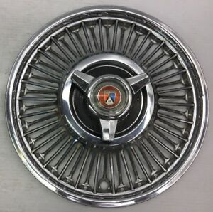 1 oem Ford Mustang Spinner Wire Hubcap Wheel Cover